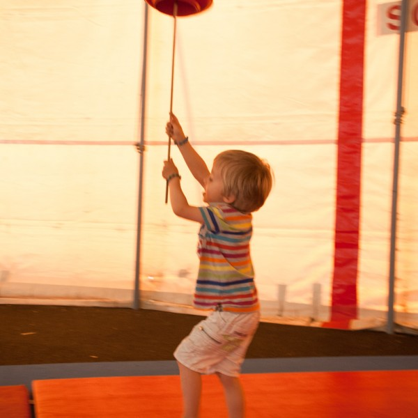 Stages de cirque de Février 16-20/02/2015
