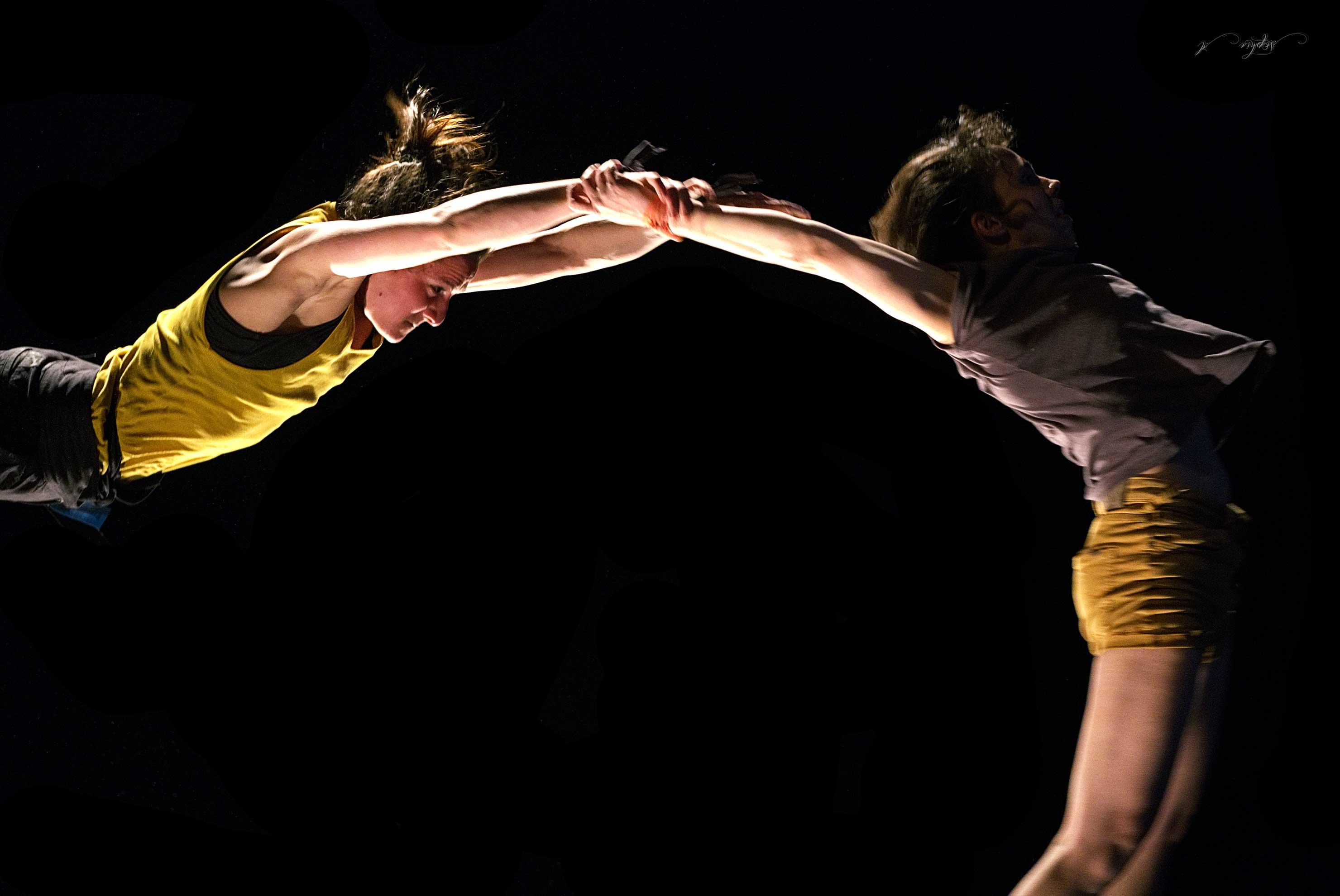 Scène ouverte au chapiteau de l'Ecole de Cirque de Bordeaux